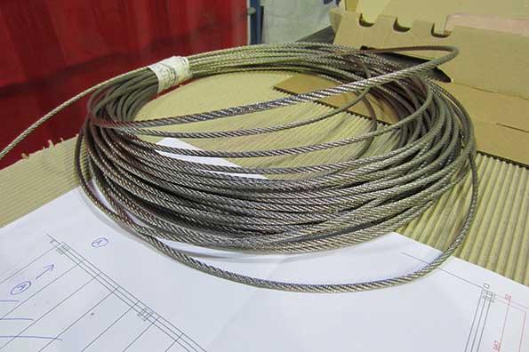el cable de acero ofrece una gran resistencia a las barandillas de en inox en gipuzkoa