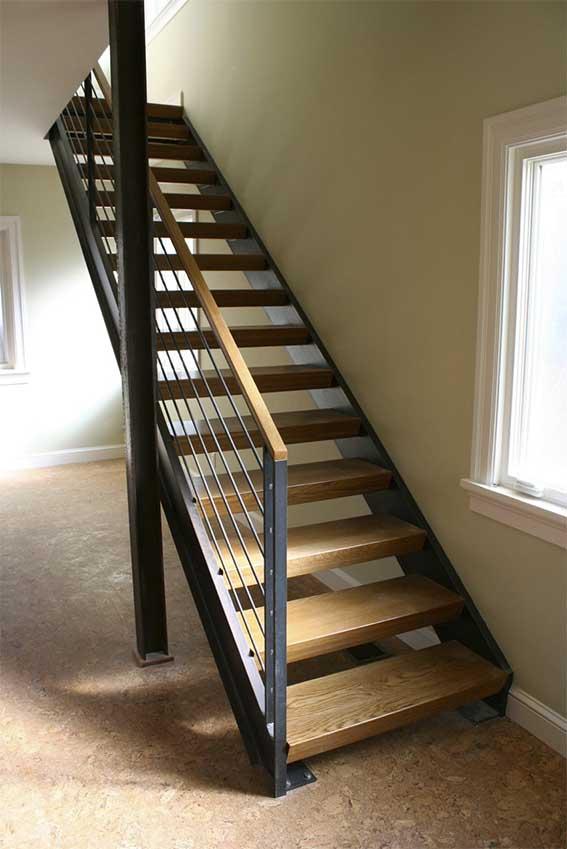 Escaleras met licas en pamplona navarra ibarkalde s l escaleras de caracol rectas - Precio escaleras interiores ...